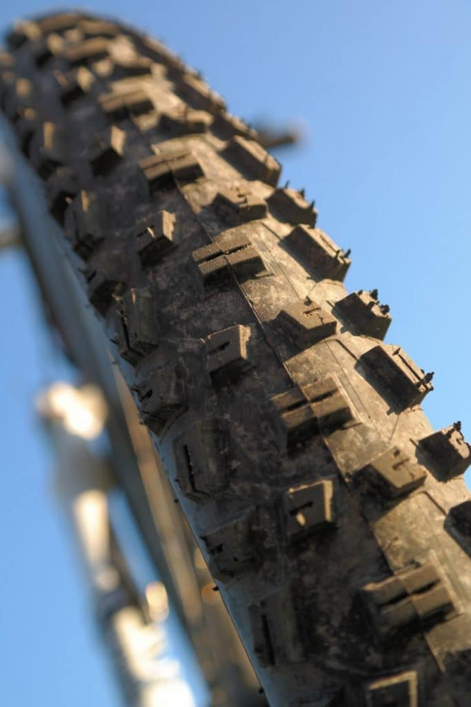 What's Up with Tubeless Tires?